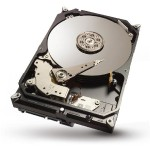 "Seagate Desktop SSHD - Hybrid hard drive - 4 TB ( 8 GB Flash ) - internal - 3.5"" - SATA 6Gb/s - buffer: 64 MB ST4000DX001"
