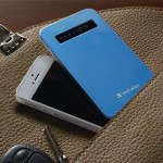 Ultra Slim Power Pack - External battery pack Li-pol 4200 mAh - on cable: Micro-USB - aqua blue